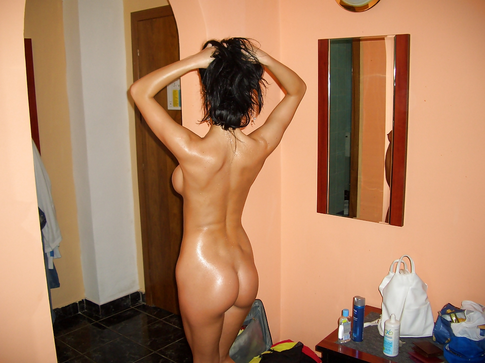 Naked Romanian Women