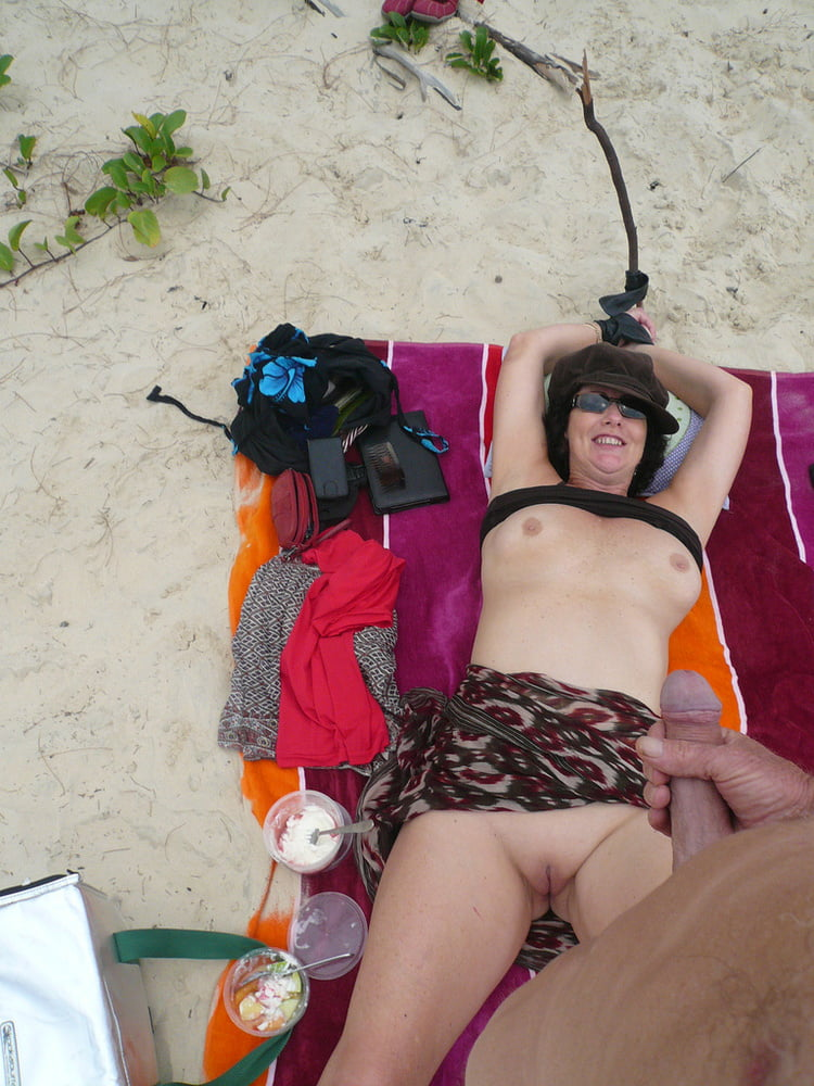 5. Aussie wife exposed