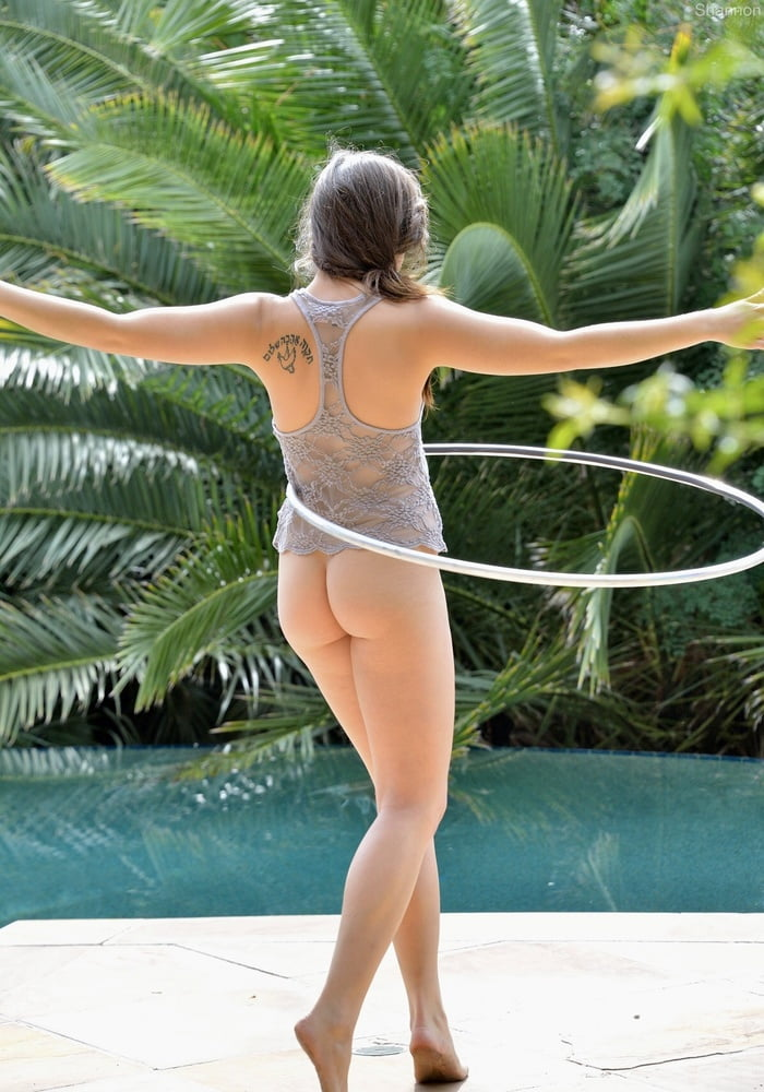 Cam naked hula hoop webcam porn images