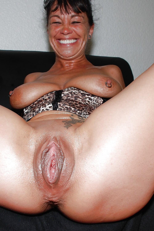 Вагины зрелые женщины, порно супер мега сиськи