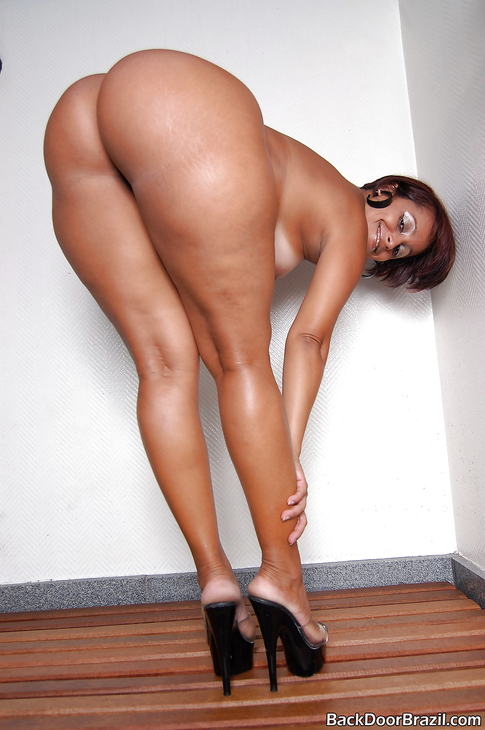 having-pussy-darlene-big-ass-nude-penis