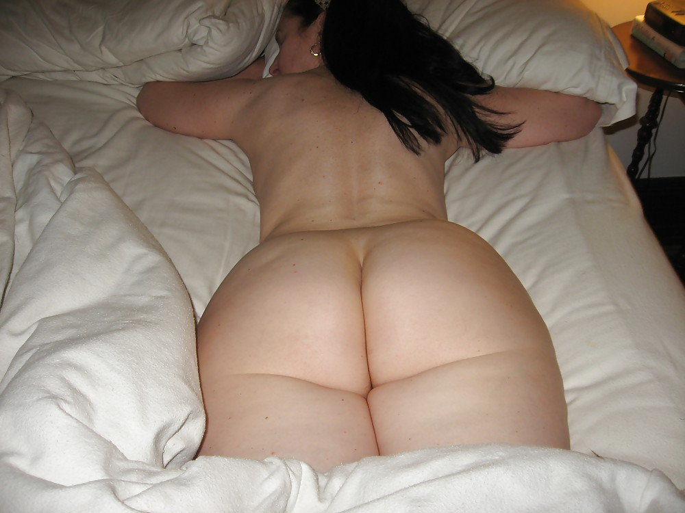 Big ass brunette is naked and getting her daily dose of fuck