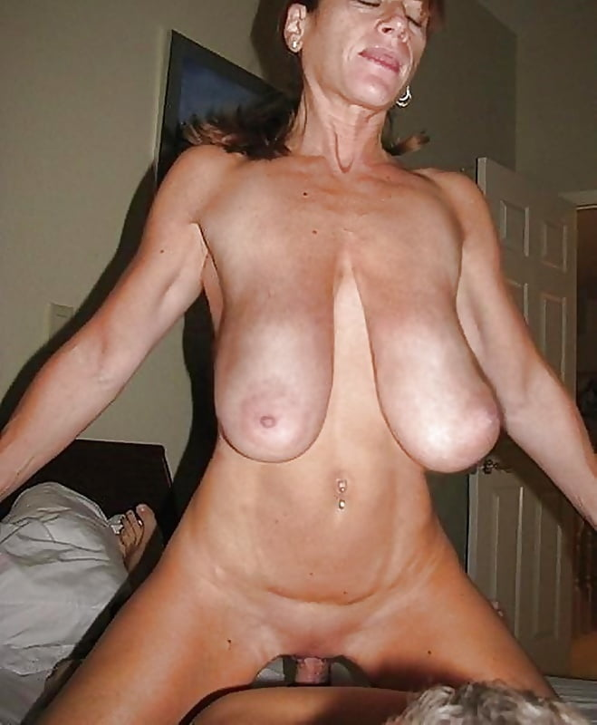 Mature with huge heavy hanging tits