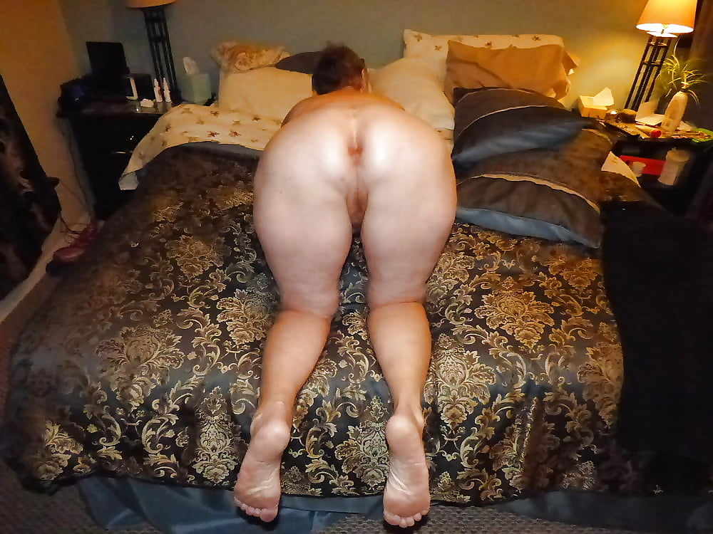 My wife nude booty — pic 13