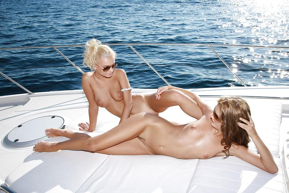 Эротика онлайн яхта