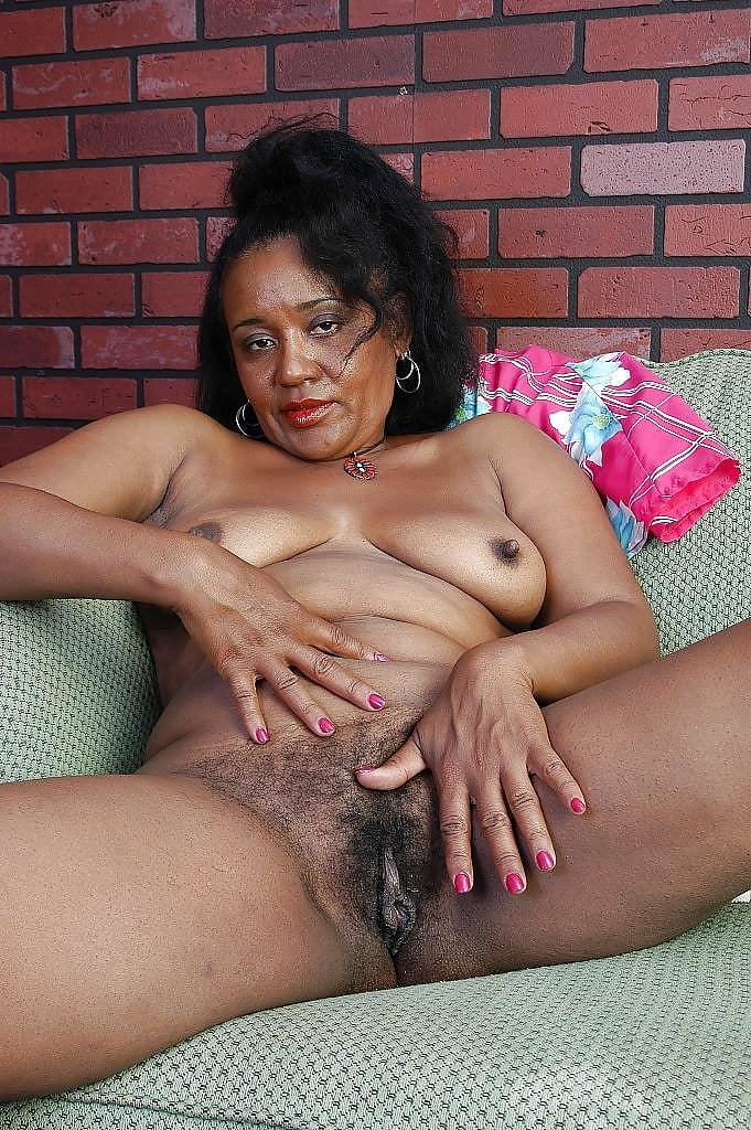 Free black mature galleries