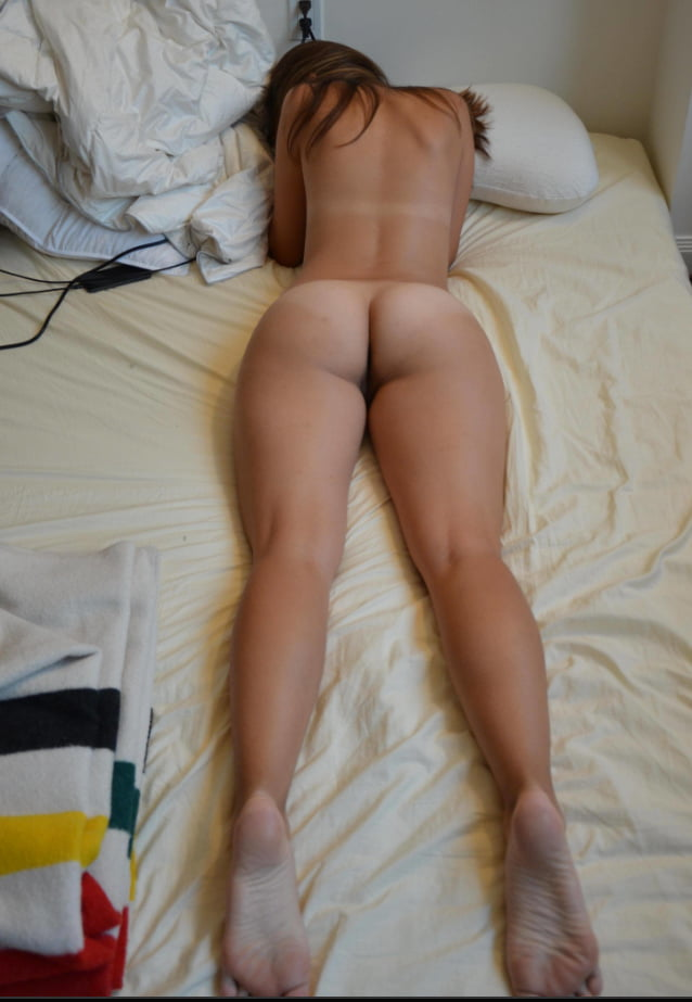Hot asses and bodies 10. - 35 Pics