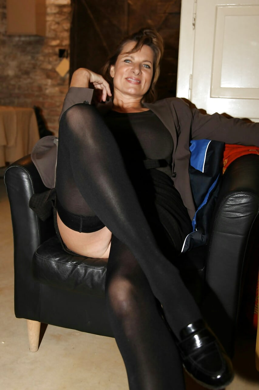 Mature women upskirt panties