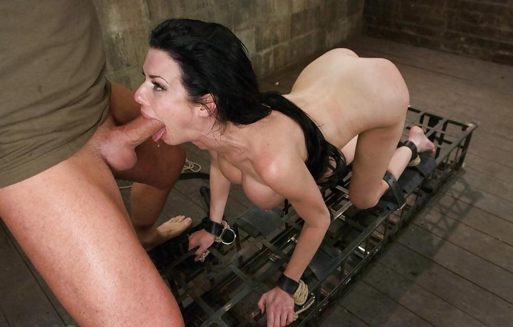 Amateur Women BDSM 275 - 15 Pics