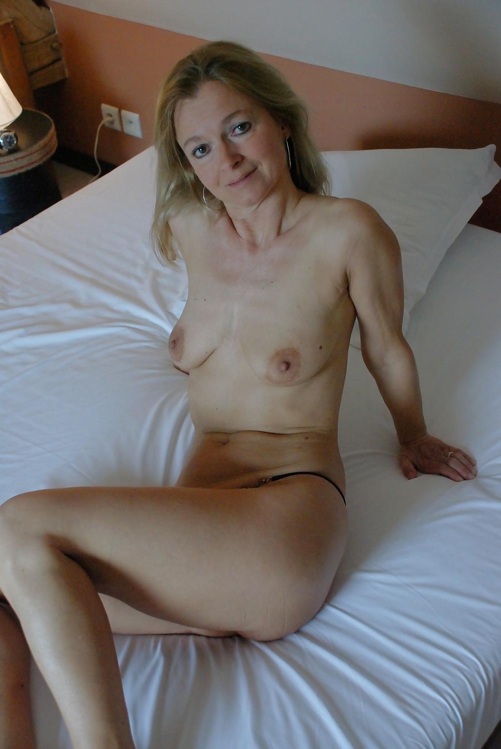 Sexy Mature Milf Claudine - 20 Pics - Xhamstercom-2162
