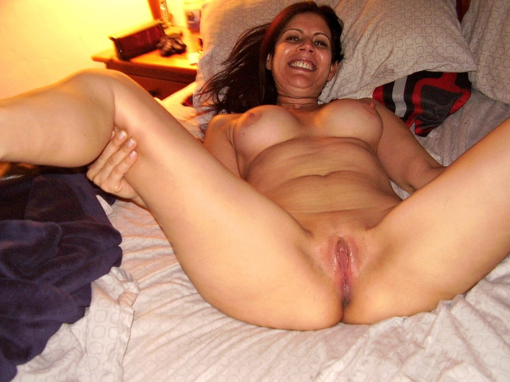 Mexican milf pussy spread tube — photo 12