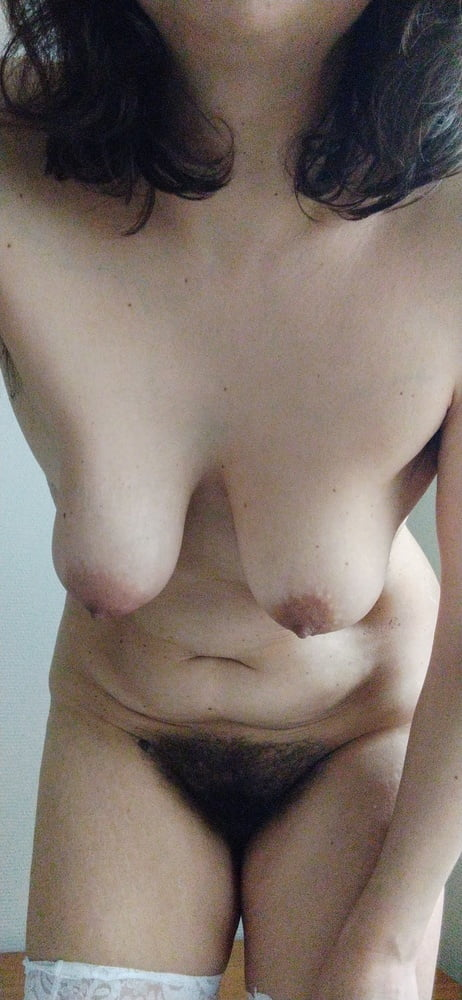 JoyTwoSex - Hanging Tits - 82 Pics