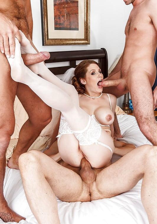 Порно во все дыры невесту — img 1
