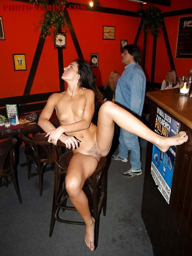 bar-with-sexy-nude-womens-corvette-naked-ladies