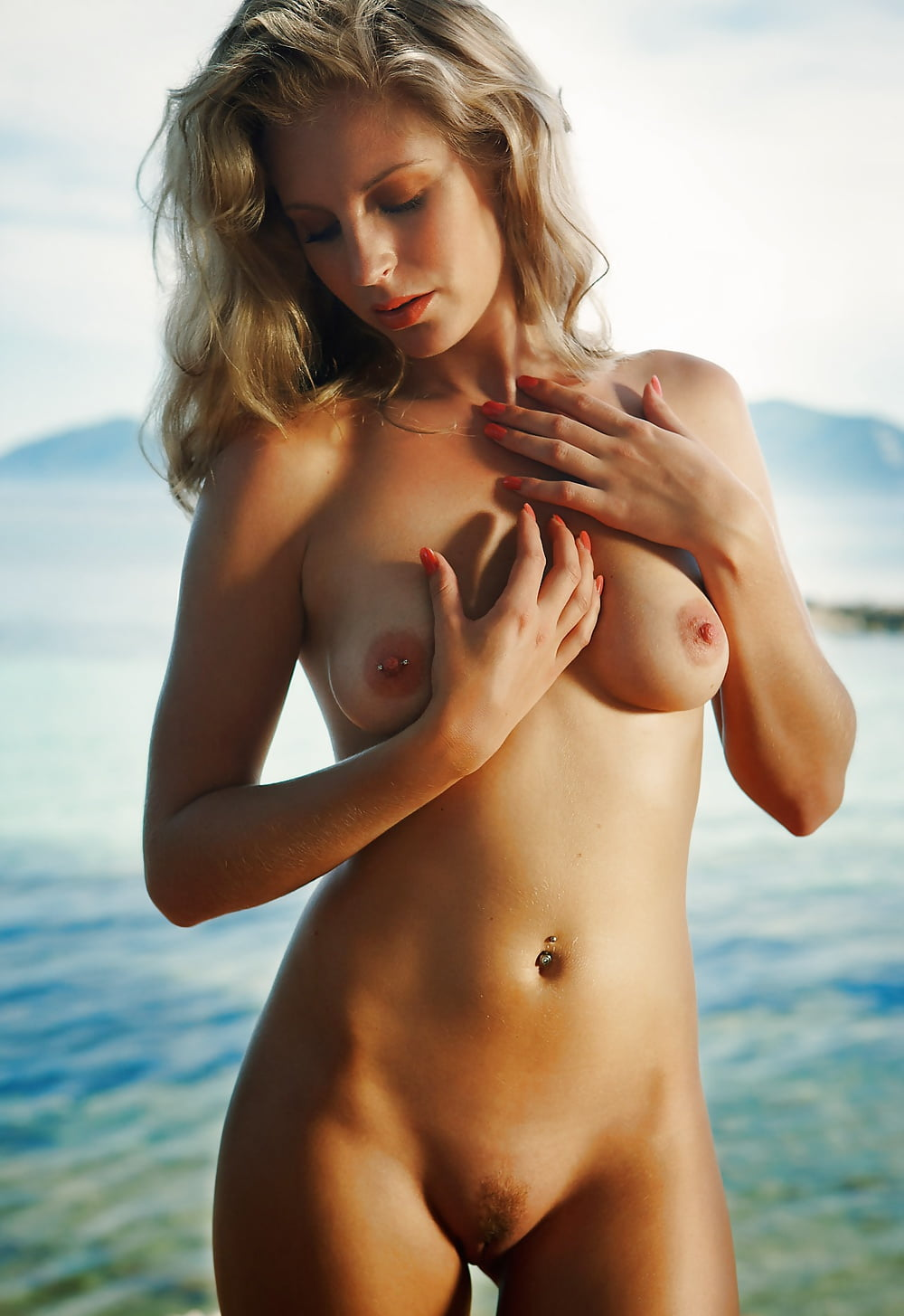 busty-lisa-brenner-nude-photos