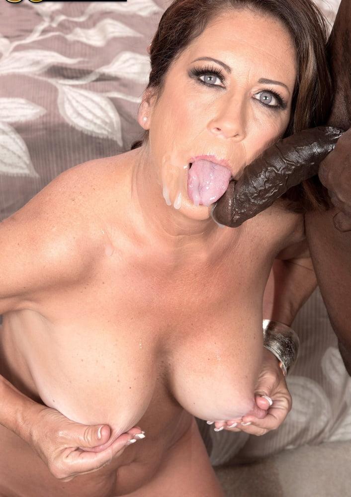 Horny milfs tongue pussy — 8
