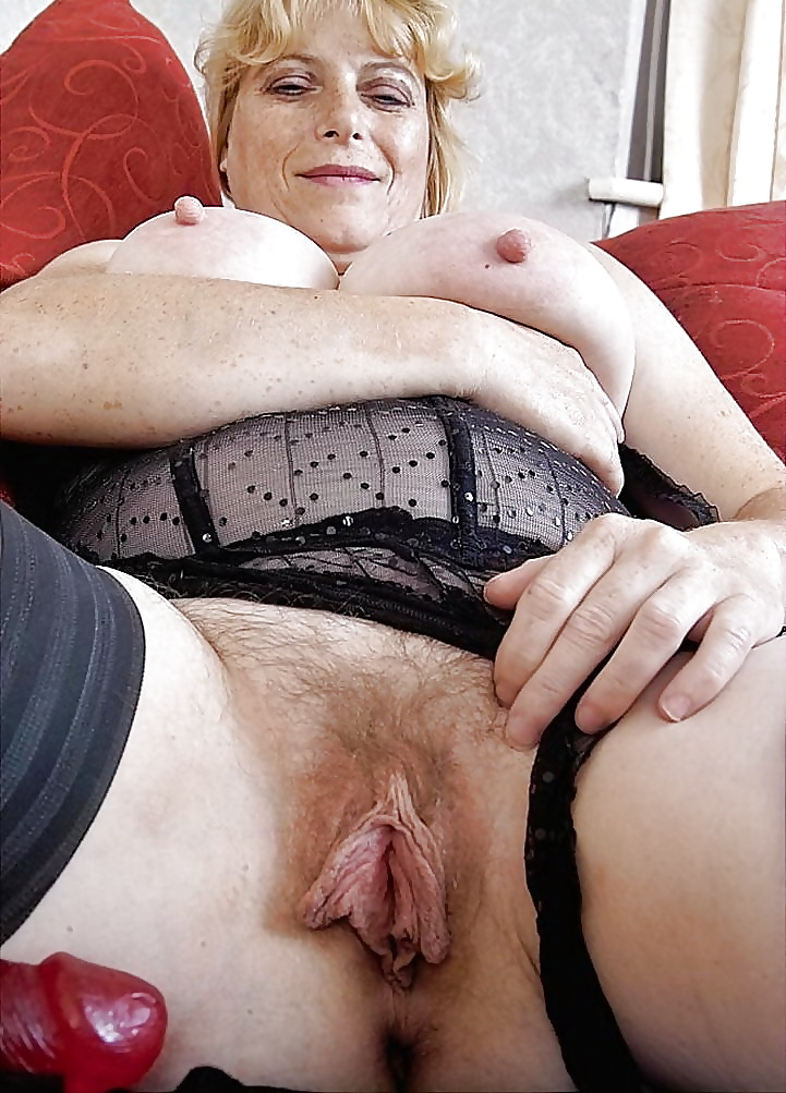 cute-funniest-looking-grannys-pussy-crotch-shots