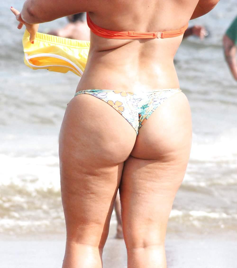 fat-butt-bikini