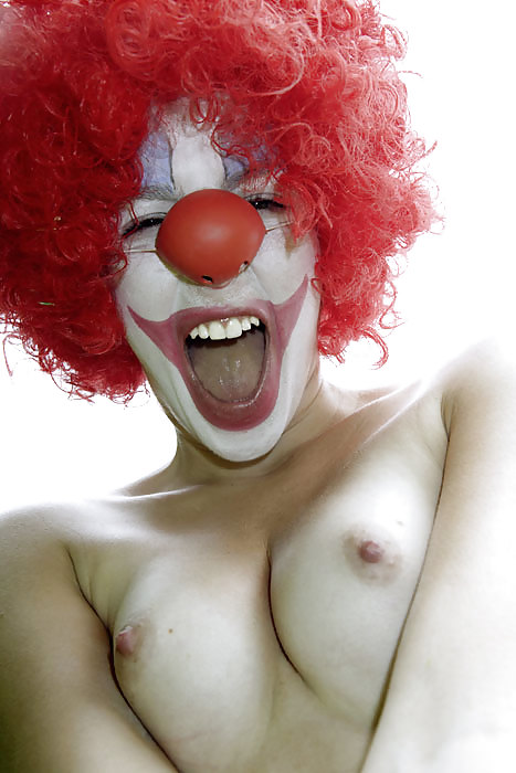 Free Clown Porn Images, Funnyman Porn Galery, Xxx Harlequin Pics