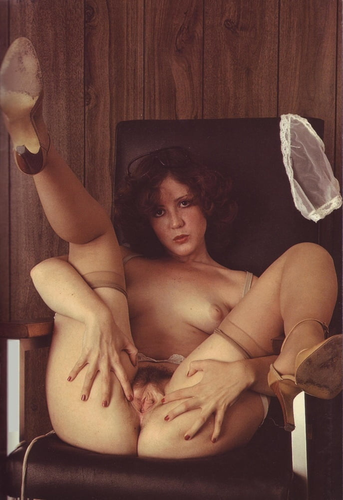 Free galleries of several hairy retro chicks spreading their pussies wide