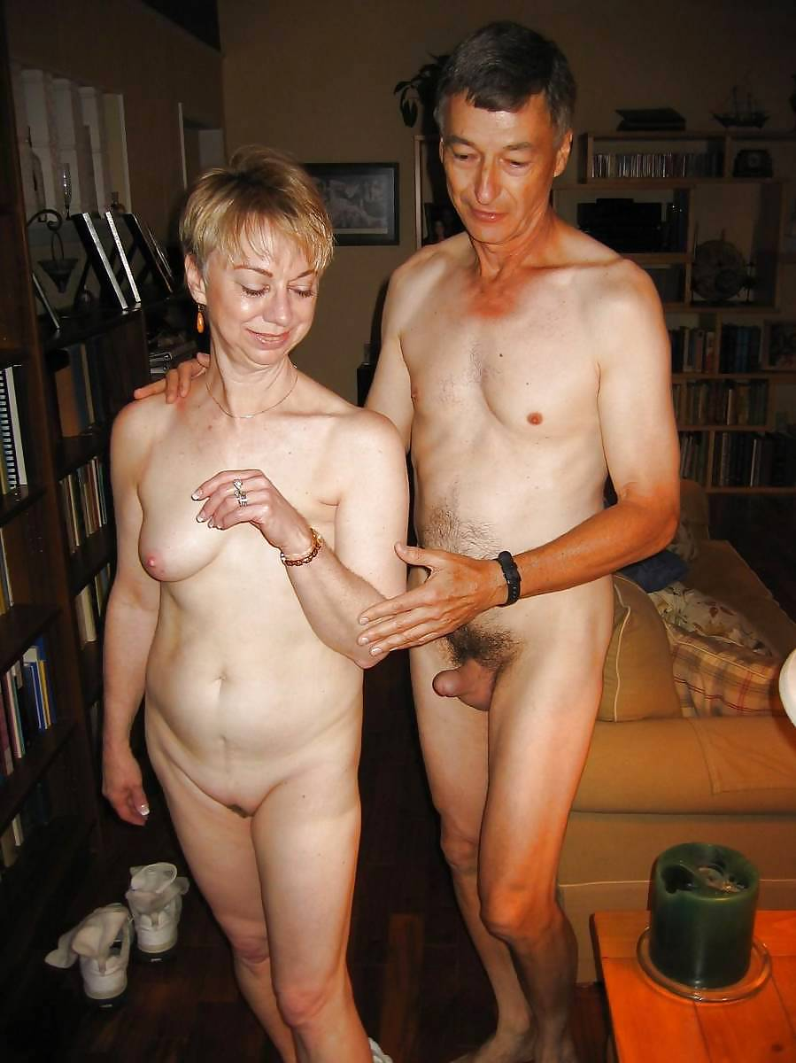 full undressed young couples