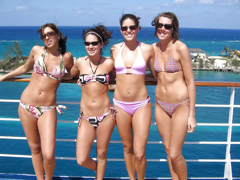 bikini-young-gang