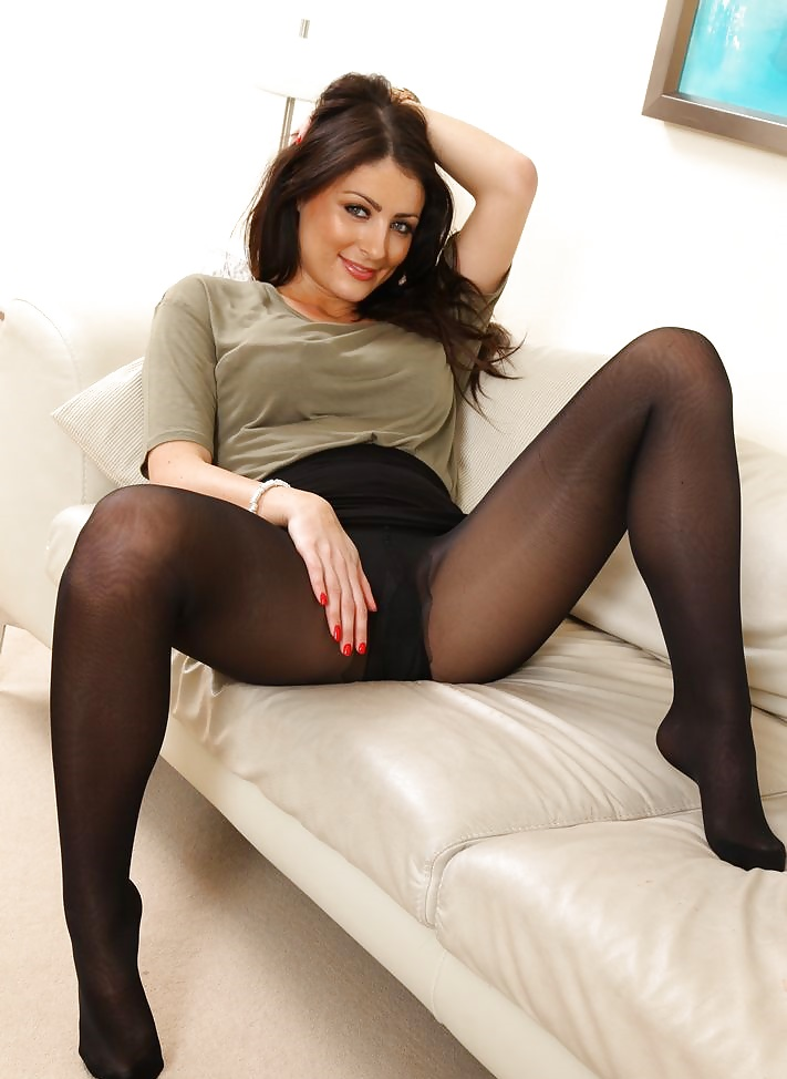 Isle best nylon sex tights, mature michelle fuck with girlfriend a man