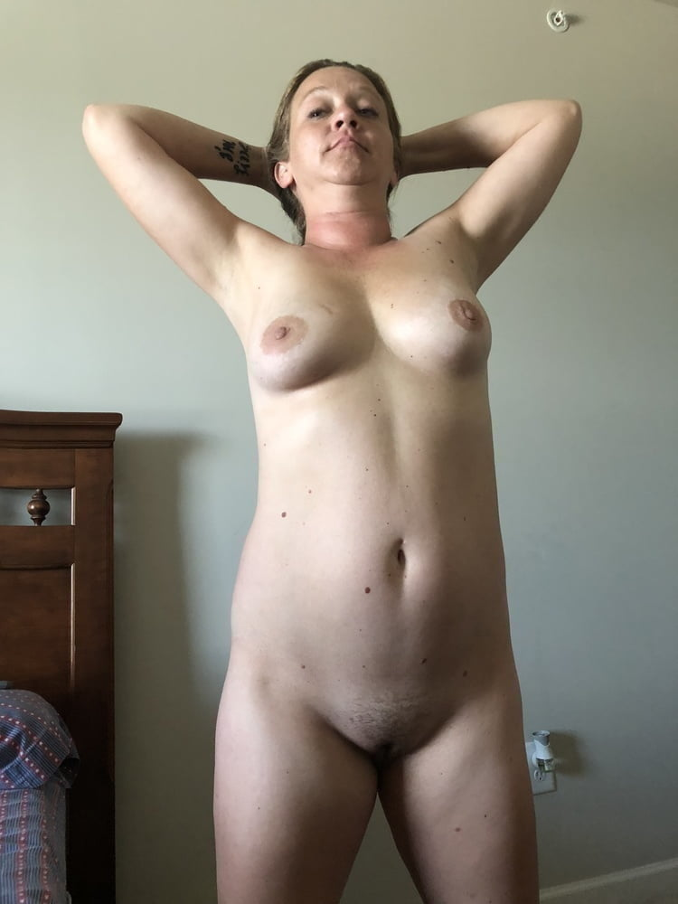 Naked for you 196 - 60 Pics
