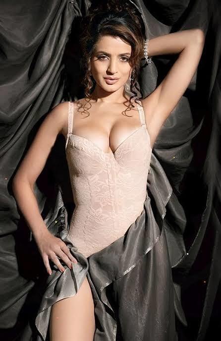 Amisha patel video sexy