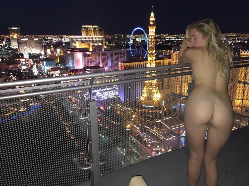 Babe vegas naked, hot seks free