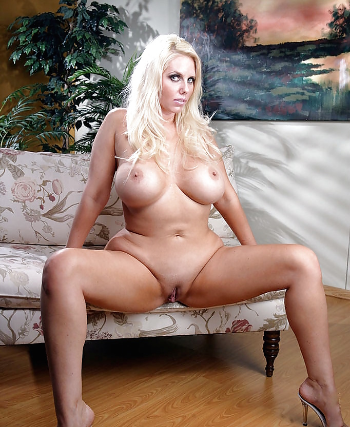 Тетю голые американки мамочки видео порно хабаровск