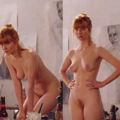 Laura Linney  nackt
