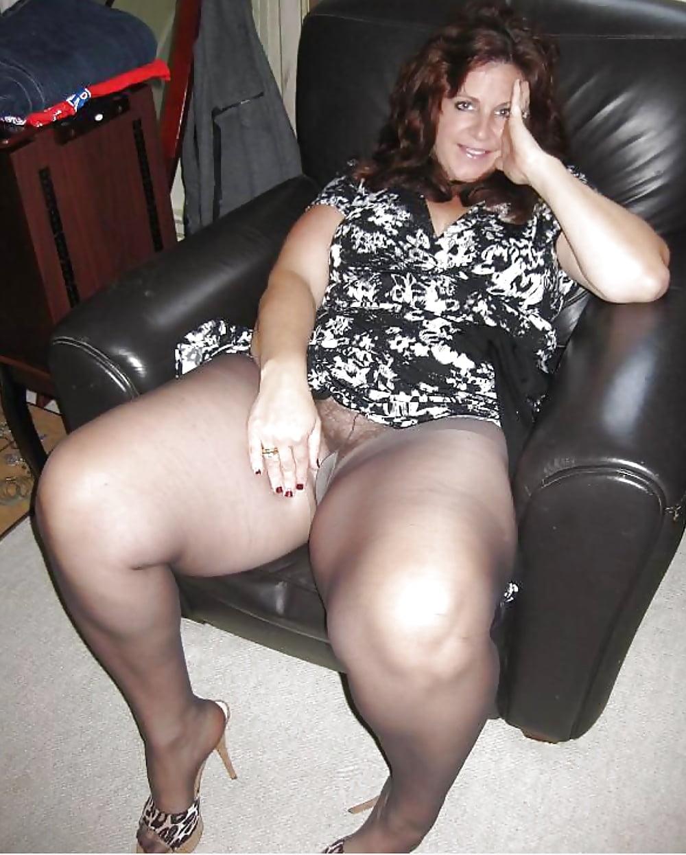 Фото голых дам с толстыми ляжками, индивидуалки проверенные видео