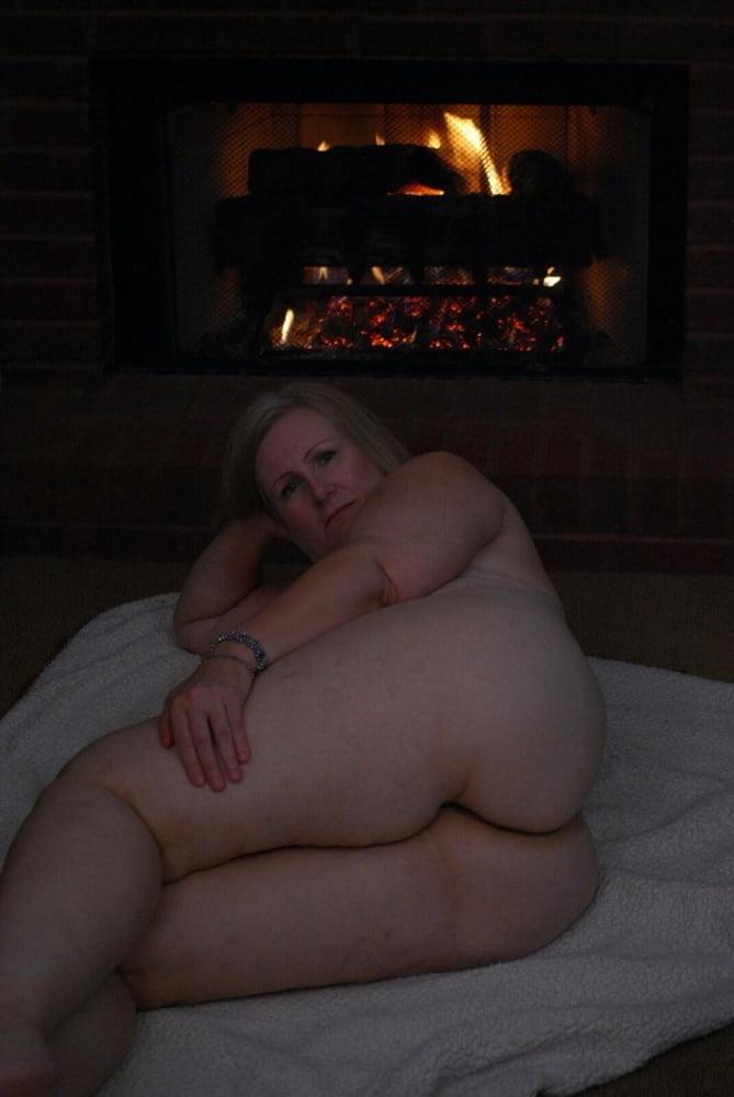 Blonde mature beauty - 27 Pics