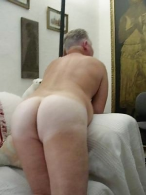 Gay chubby men ass pictures
