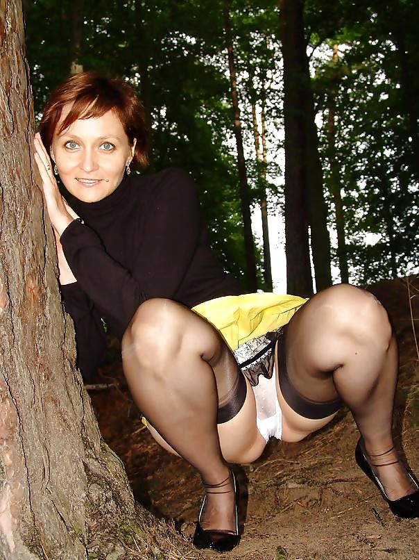 Под юбками зрелых порно фото — pic 7