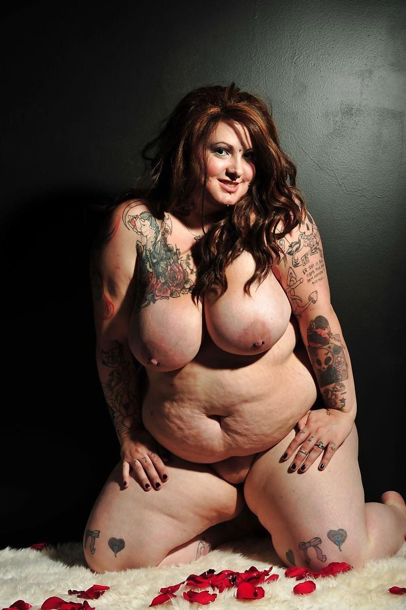 Chubby tattooed nude pics 11