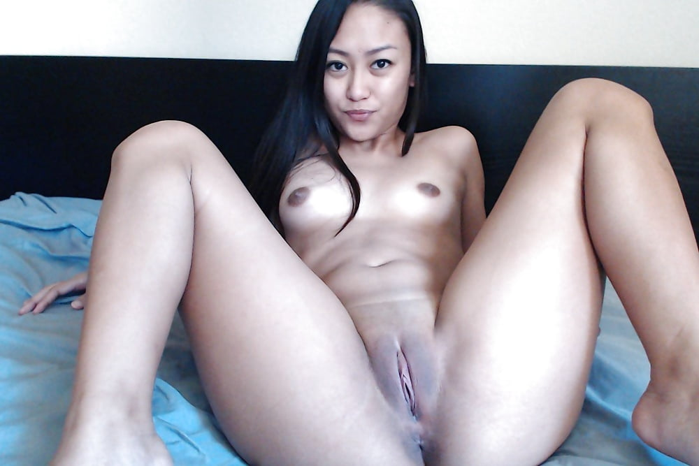 Slips and pics of naked pinays free