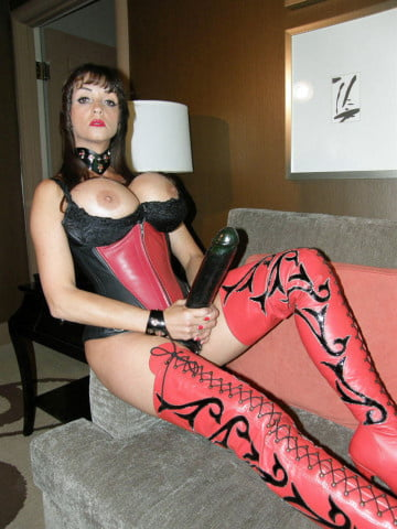 Women with strapons - 87 Pics