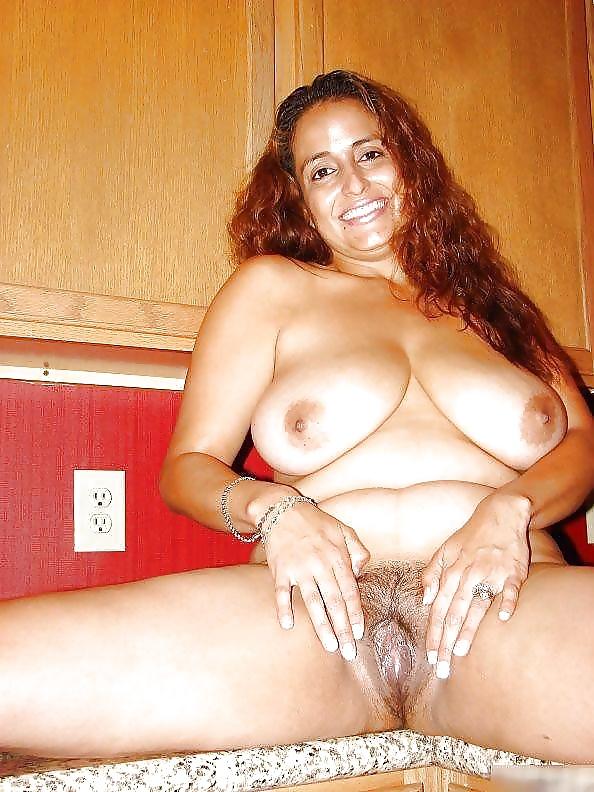 Arab moms nude free xxx galeries