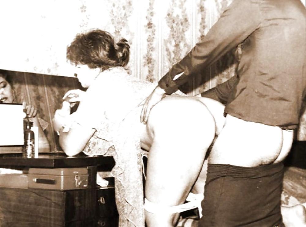 Первые порно фильмы советские, девушки в нижнем белье минет фото