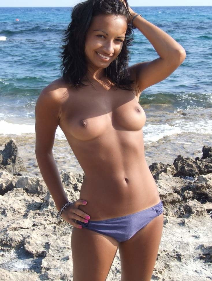 Pakistani girls naked on beach