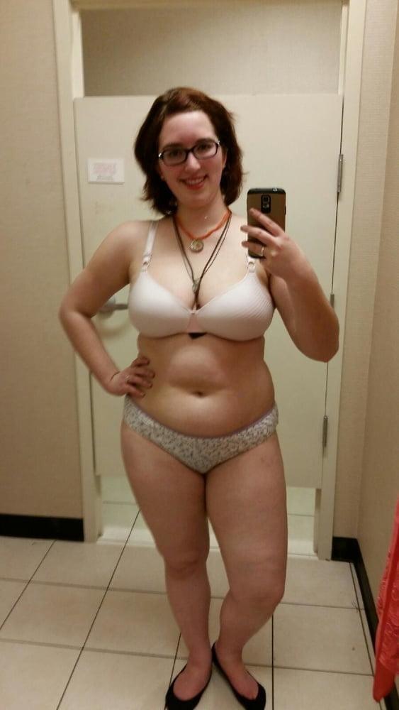 Cute Chubby Nerdy Wife - 15 Pics