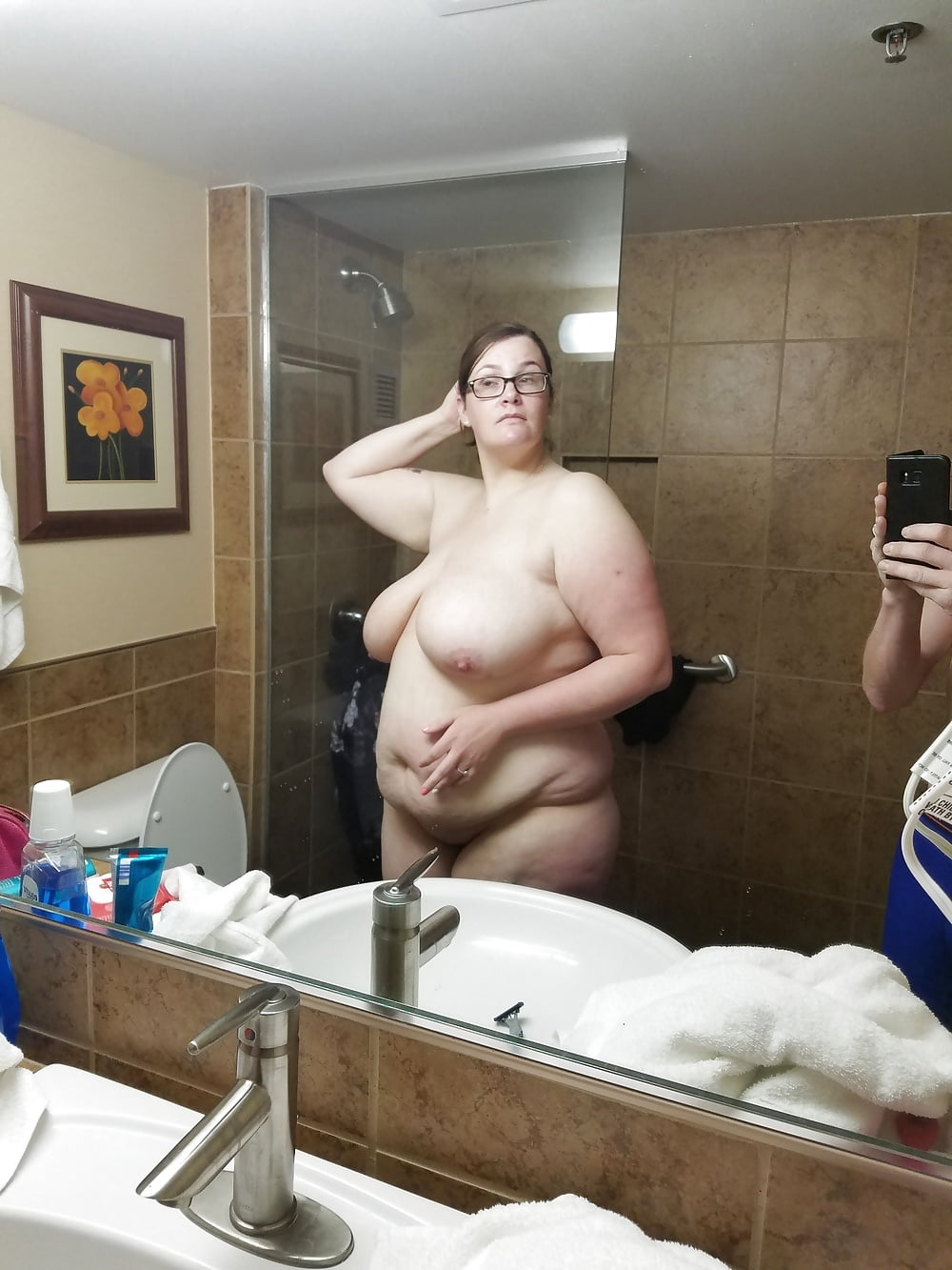Funny ugly naked pics in the shower — photo 6