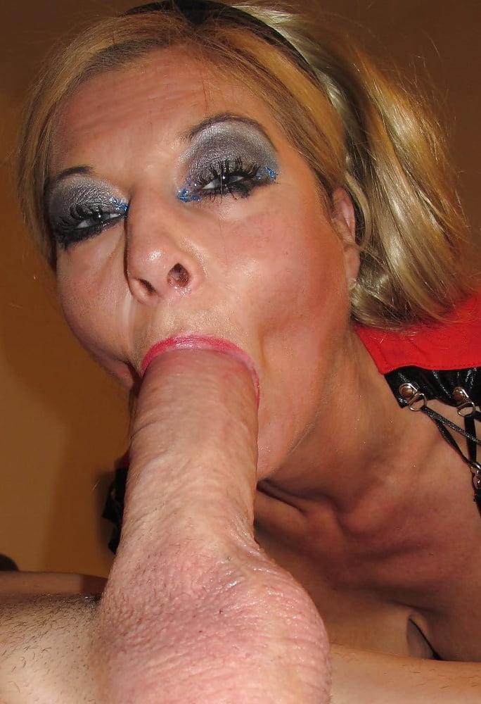 Sexy Milf Sucking Cock, Fucking Swallowing