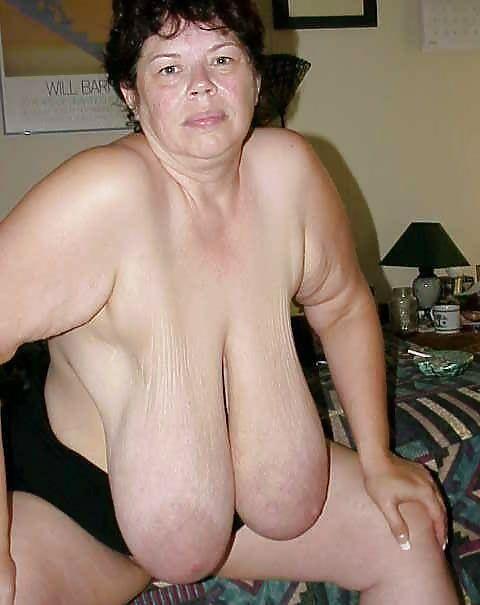 Порно фотографии висячих грудей пожилых