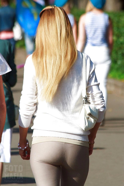 Фото поп девчонок на улицах — img 15