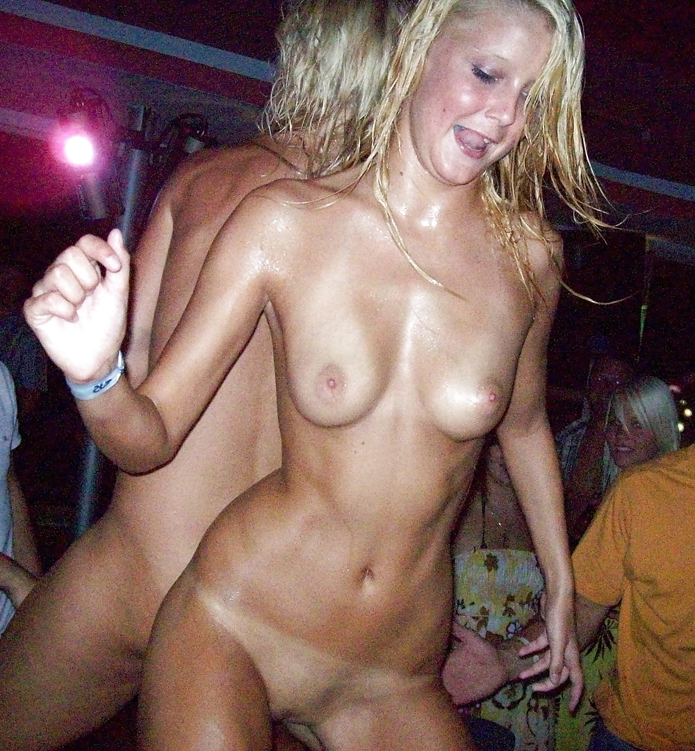 girlfriend-forced-amateur-strip-club