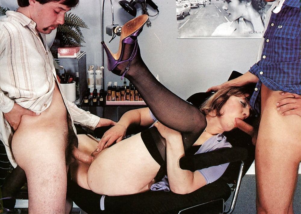 Женский парикмахер разрешает порно фильм