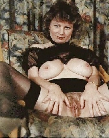 nude-irish-pictures-of-barbara-windsors-tits-nude
